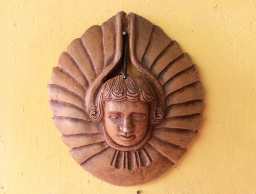 Este ángel chiquitano fue el que más me gustó, por la simetría , por el tamaño y por el fino acabado en madera que tenía.